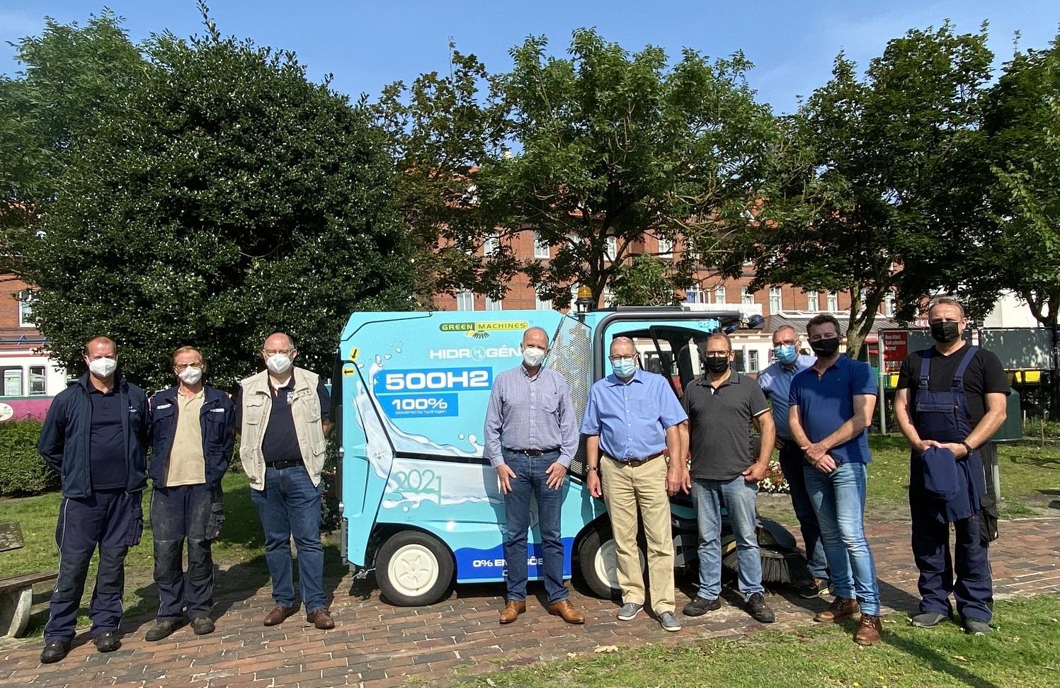 Straßen-Kehrmaschine mit Wasserstoffantrieb auf Borkum vorgestellt